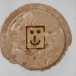 ピーナツ煎餅に焼印