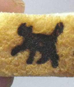 猫焼印をパンへ