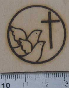 ハトと十字架の焼印