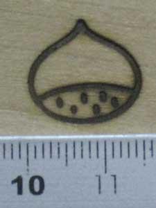 栗焼印をベニア板に